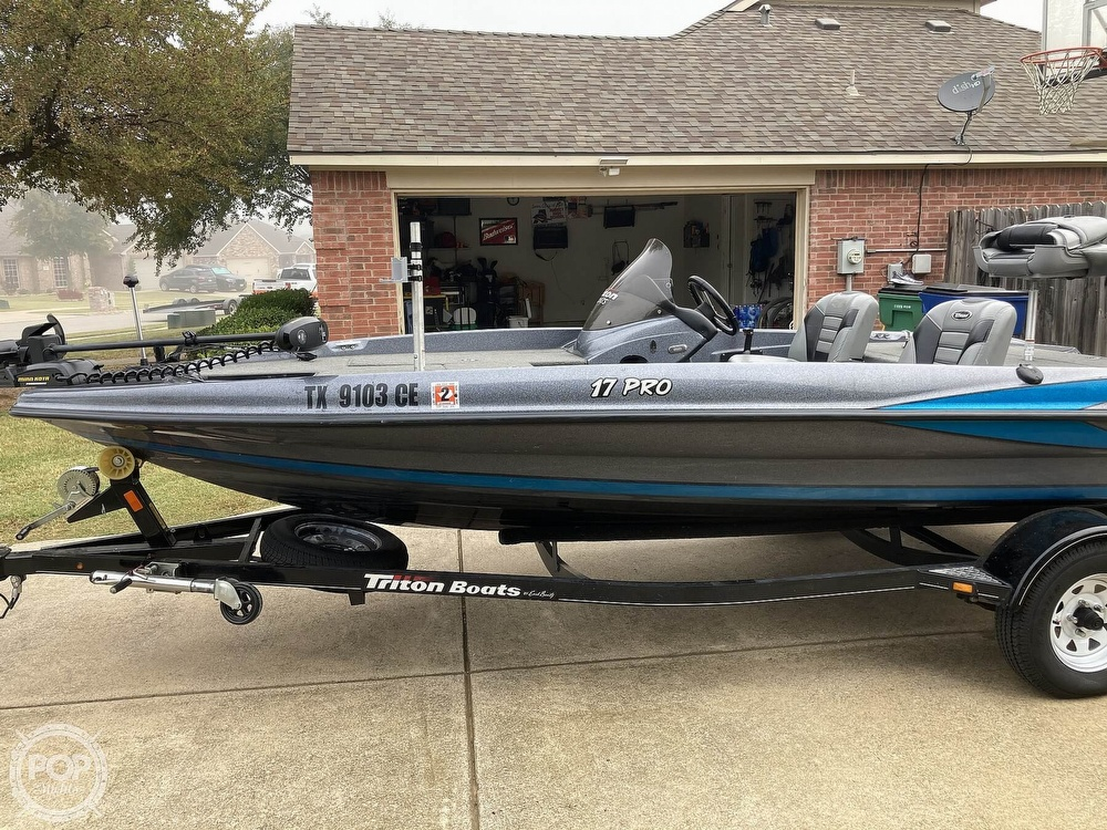 2014 Triton boat for sale, model of the boat is 17 Pro & Image # 37 of 40