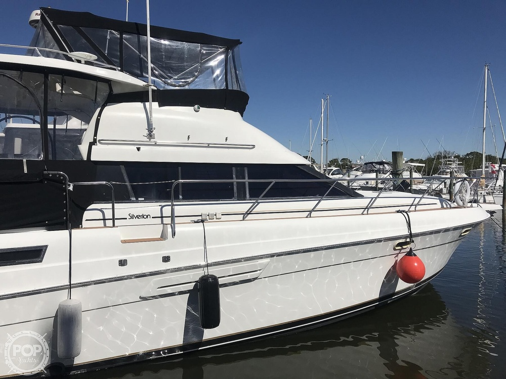 1993 Silverton boat for sale, model of the boat is 41 Aft Cabin & Image # 2 of 40