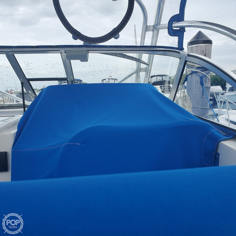 1998 Pro-Line boat for sale, model of the boat is 30 & Image # 28 of 41