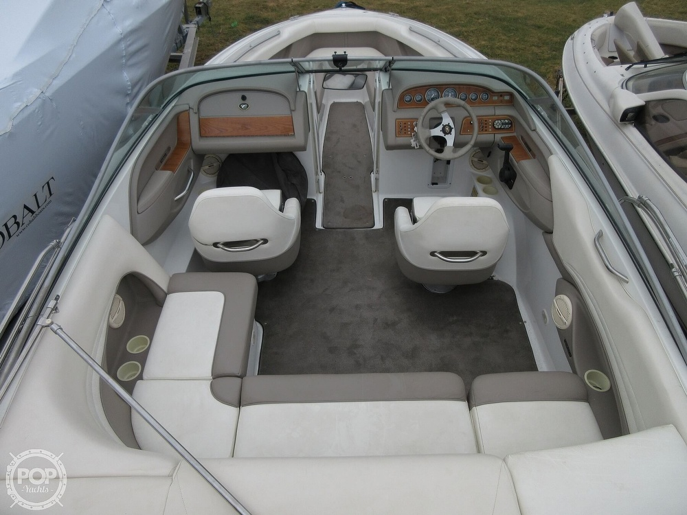2000 Cobalt boat for sale, model of the boat is 226 & Image # 2 of 40