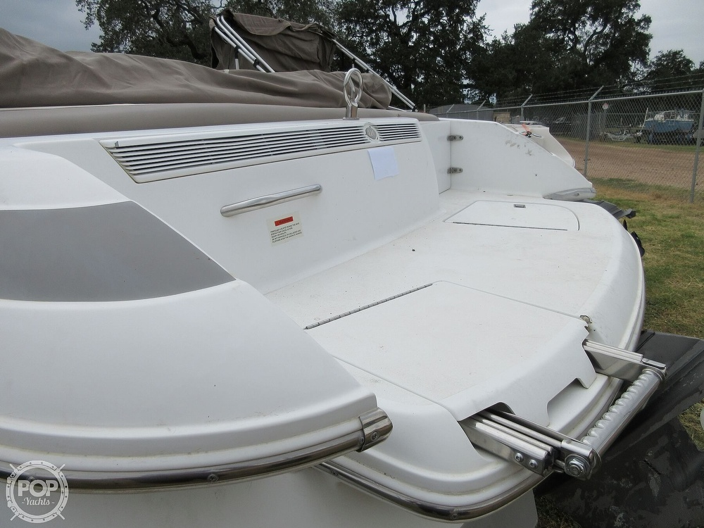 2000 Cobalt boat for sale, model of the boat is 226 & Image # 22 of 40