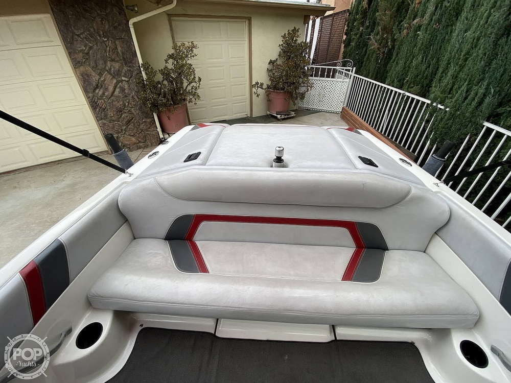 2000 Centurion boat for sale, model of the boat is Eclipse Air Warrior & Image # 19 of 40