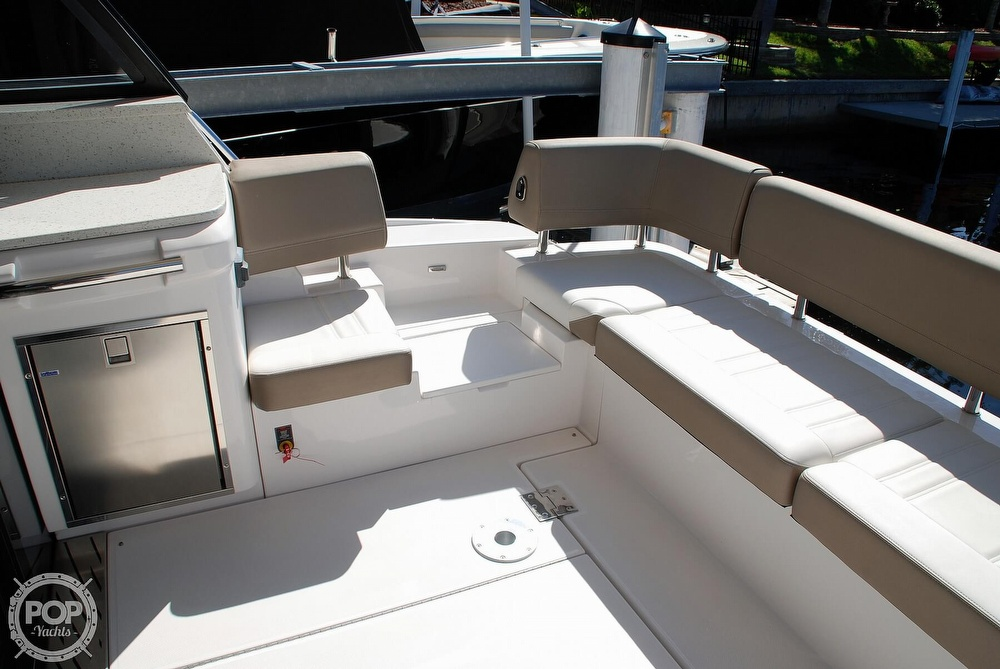 2018 Regal boat for sale, model of the boat is 42 Grande Coupe & Image # 27 of 40