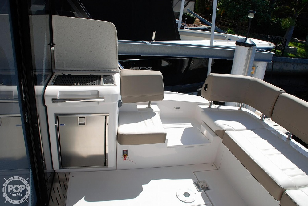 2018 Regal boat for sale, model of the boat is 42 Grande Coupe & Image # 31 of 40