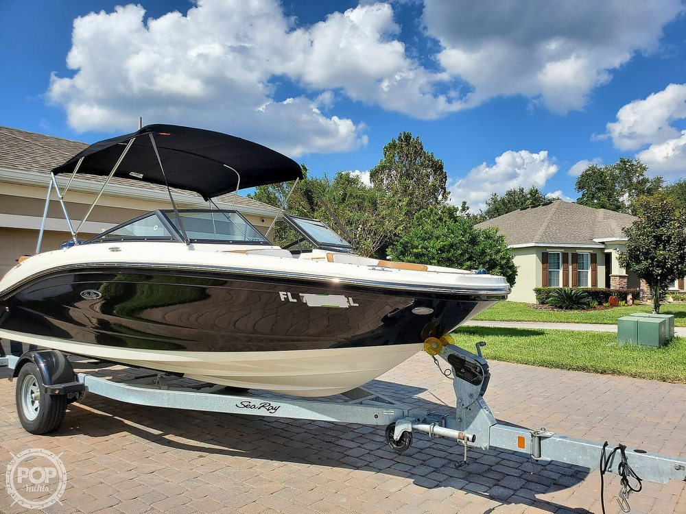 2018 Sea Ray boat for sale, model of the boat is SPX 190 OB & Image # 5 of 40