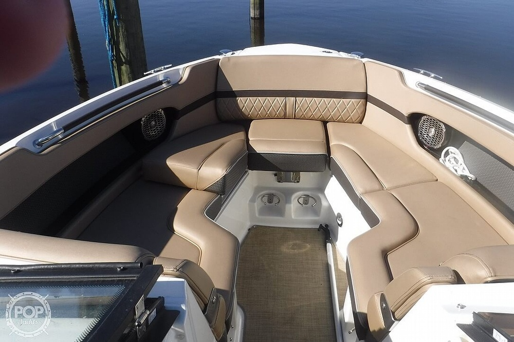 2017 Sea Ray boat for sale, model of the boat is SLX 250 & Image # 8 of 40