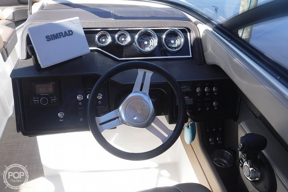 2017 Sea Ray boat for sale, model of the boat is SLX 250 & Image # 21 of 40