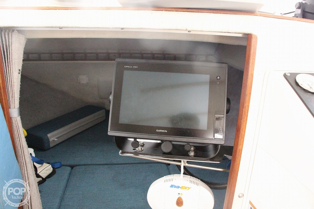 1998 Seasport boat for sale, model of the boat is 2400 xl & Image # 8 of 40