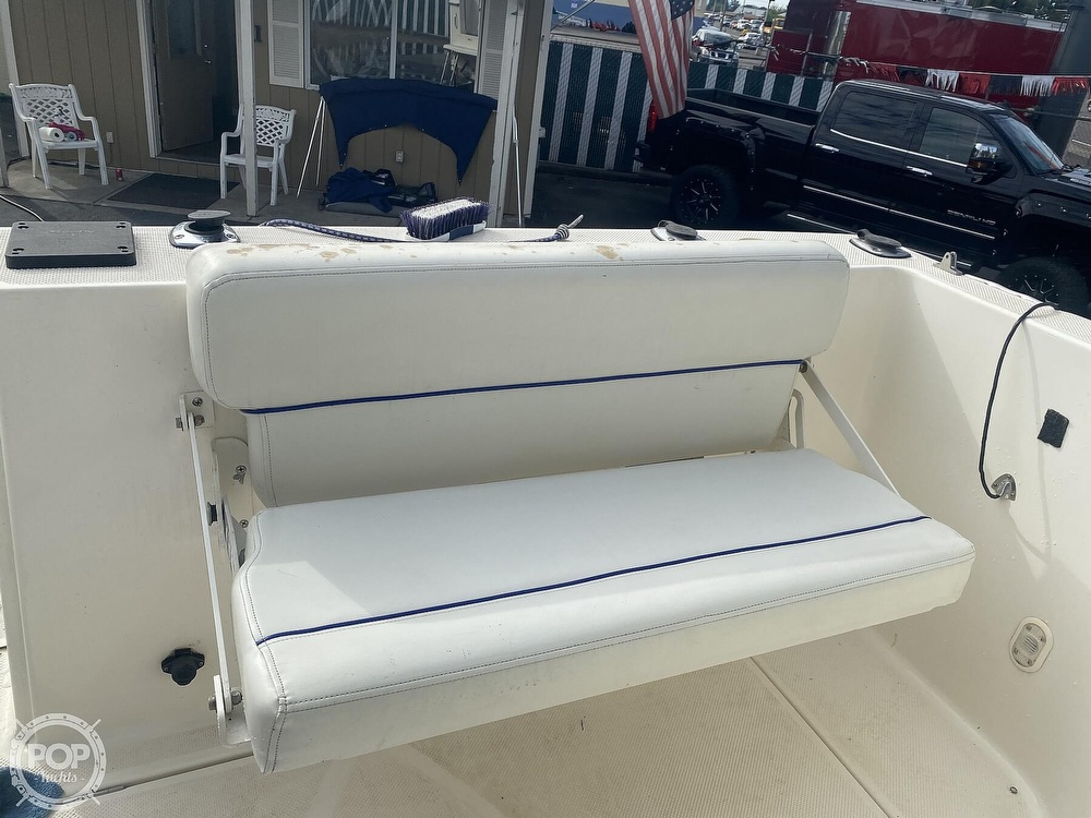 2007 Bayliner boat for sale, model of the boat is Discovery 246 & Image # 12 of 41