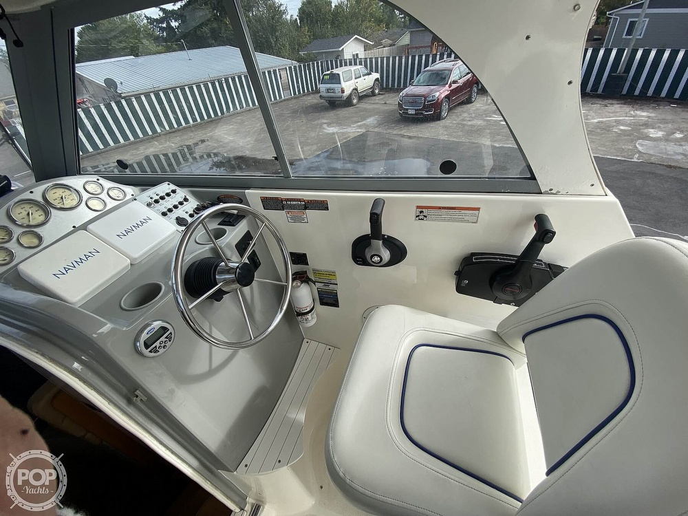 2007 Bayliner boat for sale, model of the boat is Discovery 246 & Image # 14 of 41