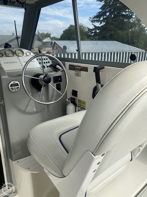 2007 Bayliner boat for sale, model of the boat is Discovery 246 & Image # 15 of 41