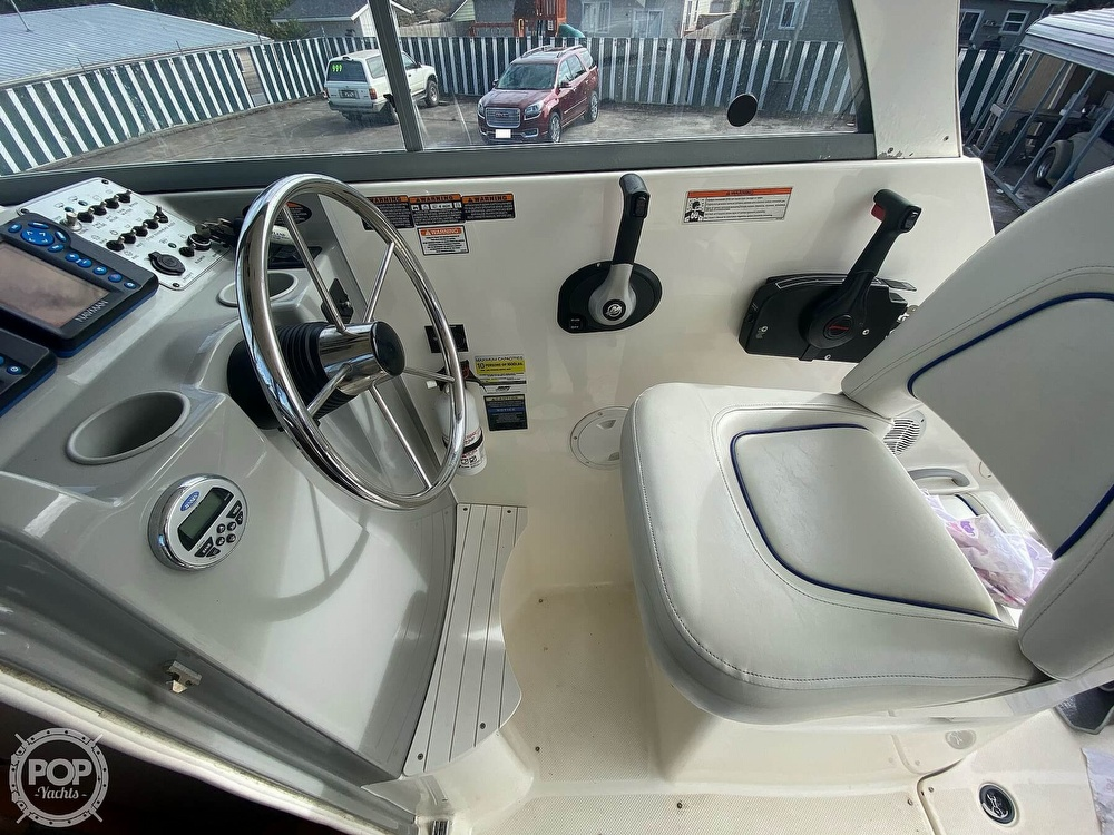 2007 Bayliner boat for sale, model of the boat is Discovery 246 & Image # 32 of 41
