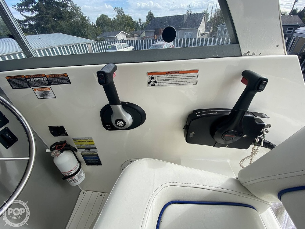 2007 Bayliner boat for sale, model of the boat is Discovery 246 & Image # 35 of 41