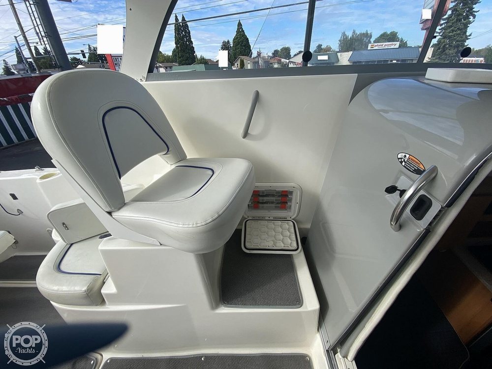 2007 Bayliner boat for sale, model of the boat is Discovery 246 & Image # 39 of 41