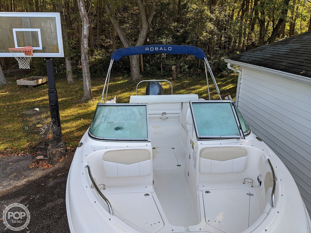 2015 Robalo boat for sale, model of the boat is R 227 & Image # 6 of 40