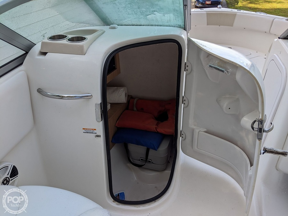 2015 Robalo boat for sale, model of the boat is R 227 & Image # 10 of 40