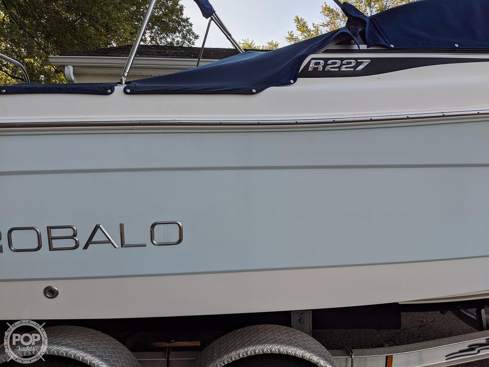 2015 Robalo boat for sale, model of the boat is R 227 & Image # 15 of 40