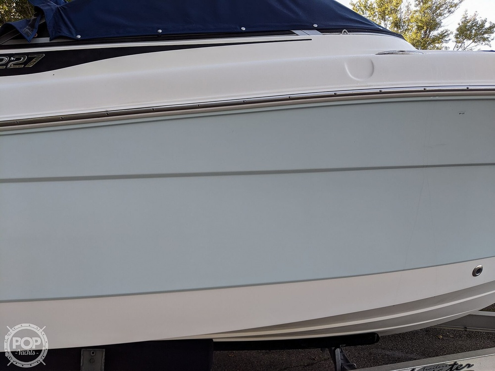 2015 Robalo boat for sale, model of the boat is R 227 & Image # 17 of 40