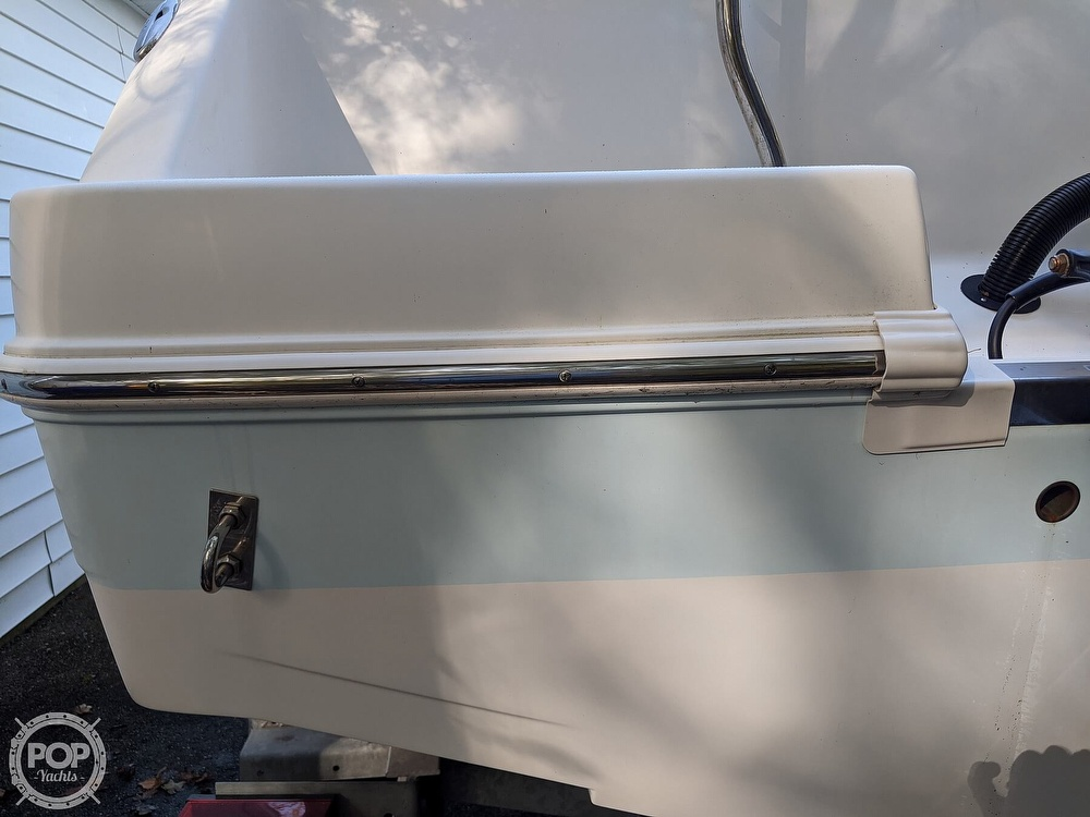 2015 Robalo boat for sale, model of the boat is R 227 & Image # 31 of 40