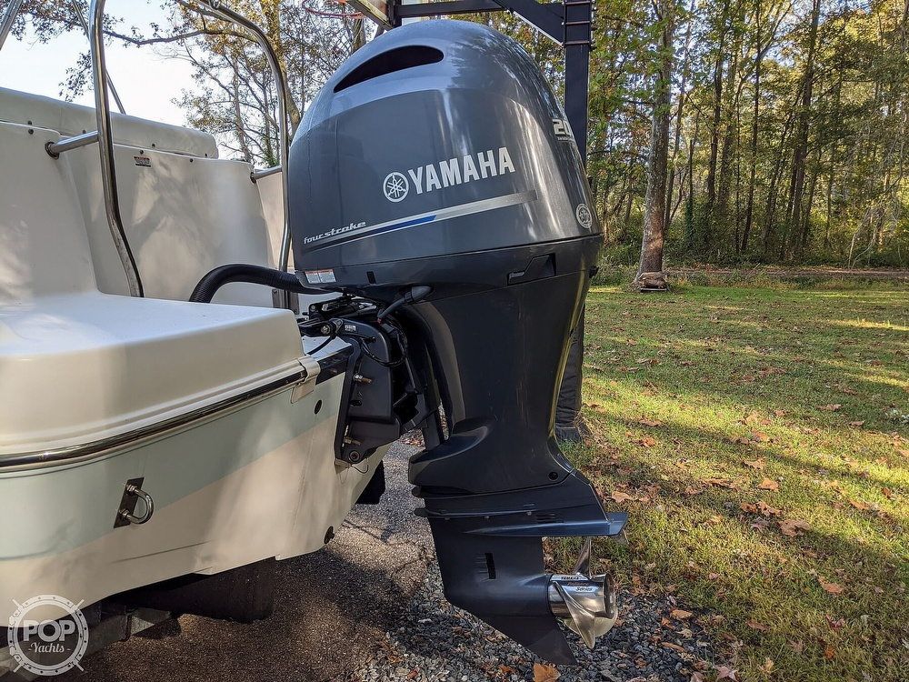 2015 Robalo boat for sale, model of the boat is R 227 & Image # 37 of 40