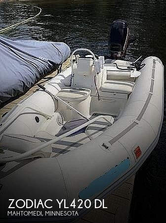2000 Zodiac boat for sale, model of the boat is YL420 DL & Image # 1 of 3