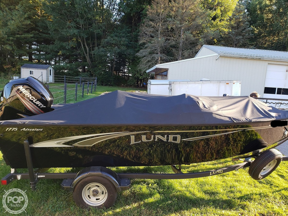 2019 Lund boat for sale, model of the boat is Adventure 1775 SS & Image # 13 of 40