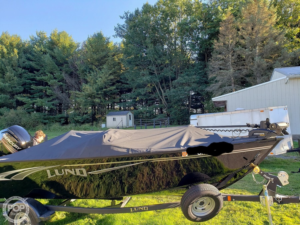 2019 Lund boat for sale, model of the boat is Adventure 1775 SS & Image # 14 of 40