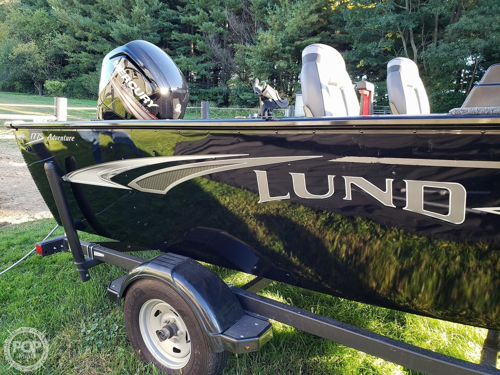 2019 Lund boat for sale, model of the boat is Adventure 1775 SS & Image # 16 of 40