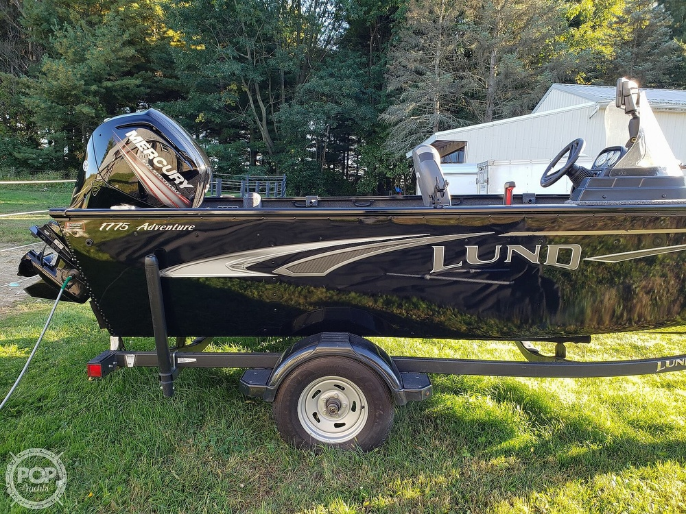 2019 Lund boat for sale, model of the boat is Adventure 1775 SS & Image # 17 of 40