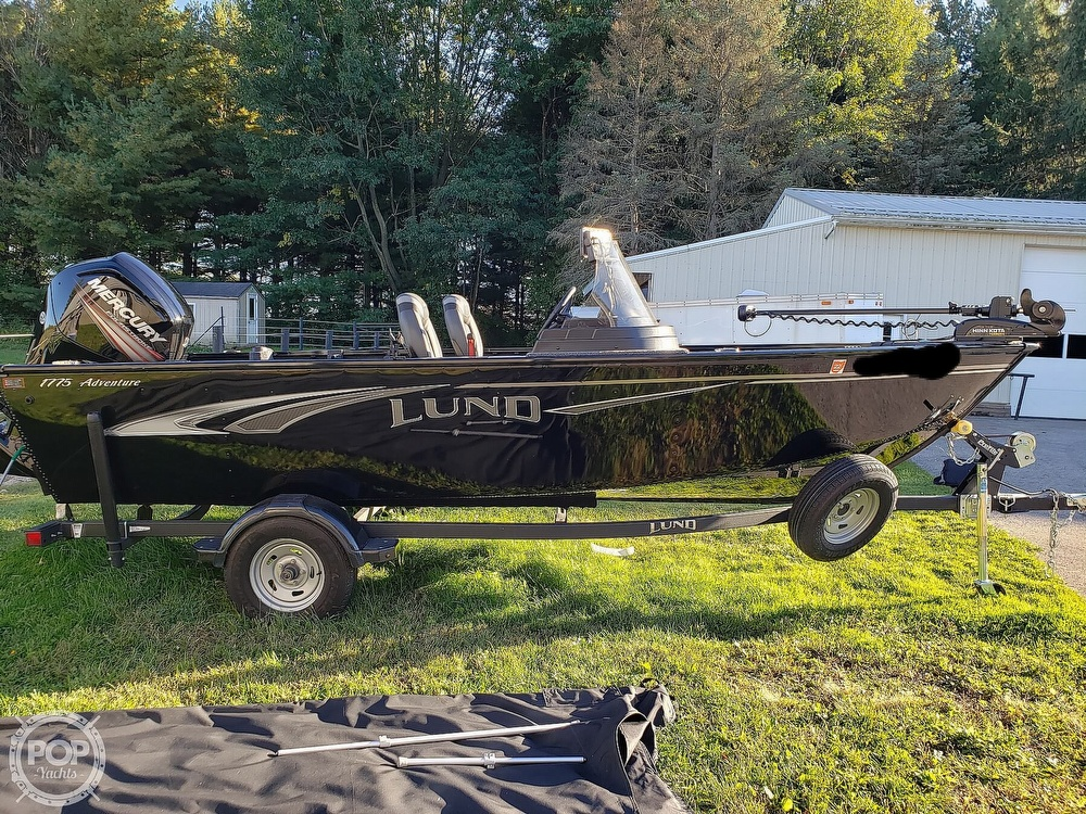 2019 Lund boat for sale, model of the boat is Adventure 1775 SS & Image # 2 of 40