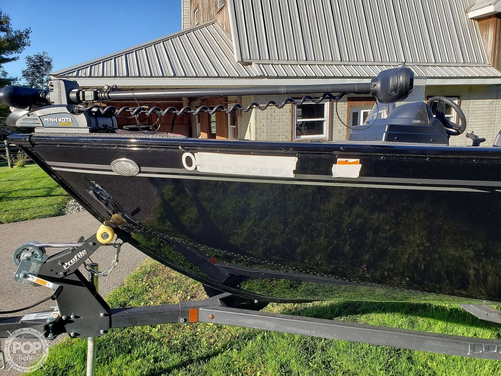 2019 Lund boat for sale, model of the boat is Adventure 1775 SS & Image # 7 of 40