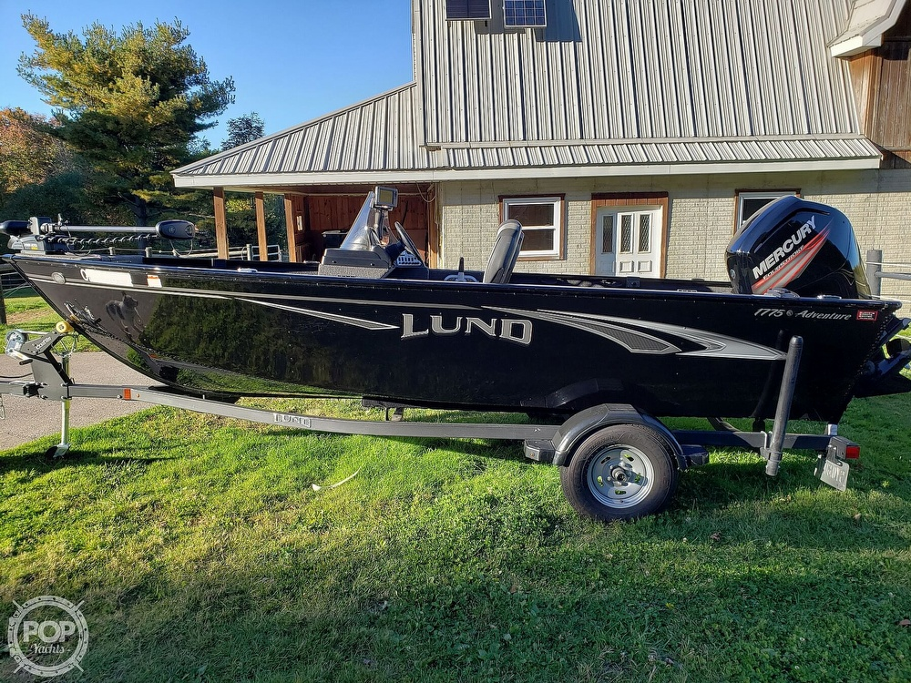 2019 Lund boat for sale, model of the boat is Adventure 1775 SS & Image # 3 of 40
