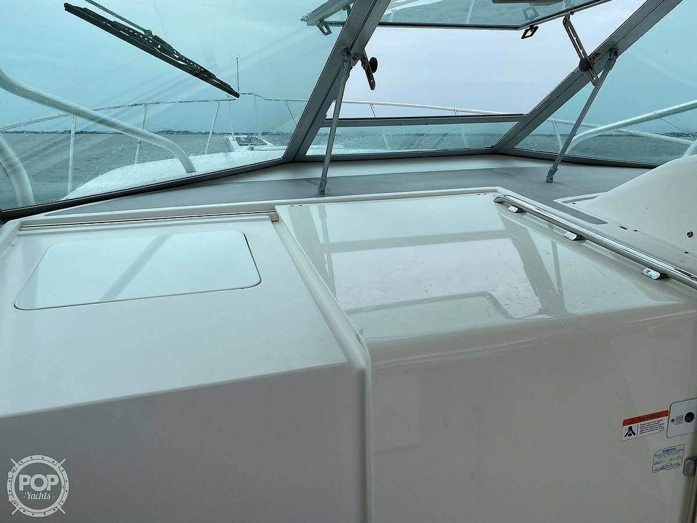 2005 Wellcraft boat for sale, model of the boat is 33 Coastal & Image # 6 of 8