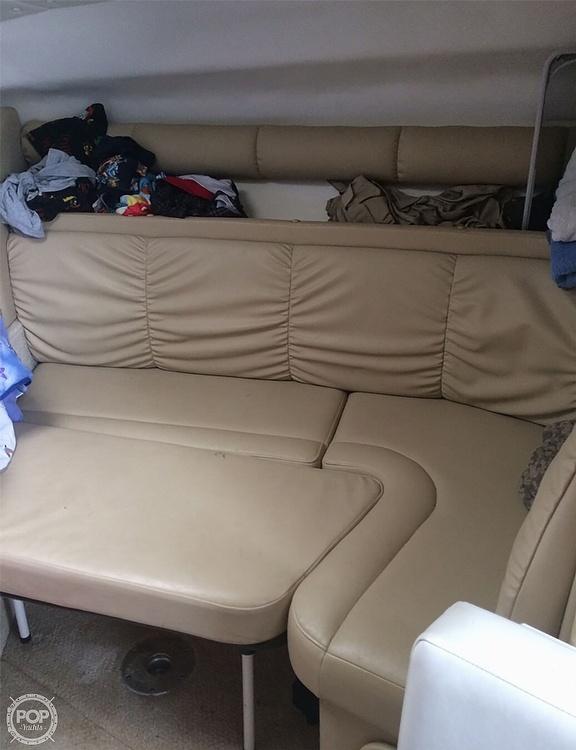 2003 Rinker boat for sale, model of the boat is 290 Fiesta Vee & Image # 10 of 25