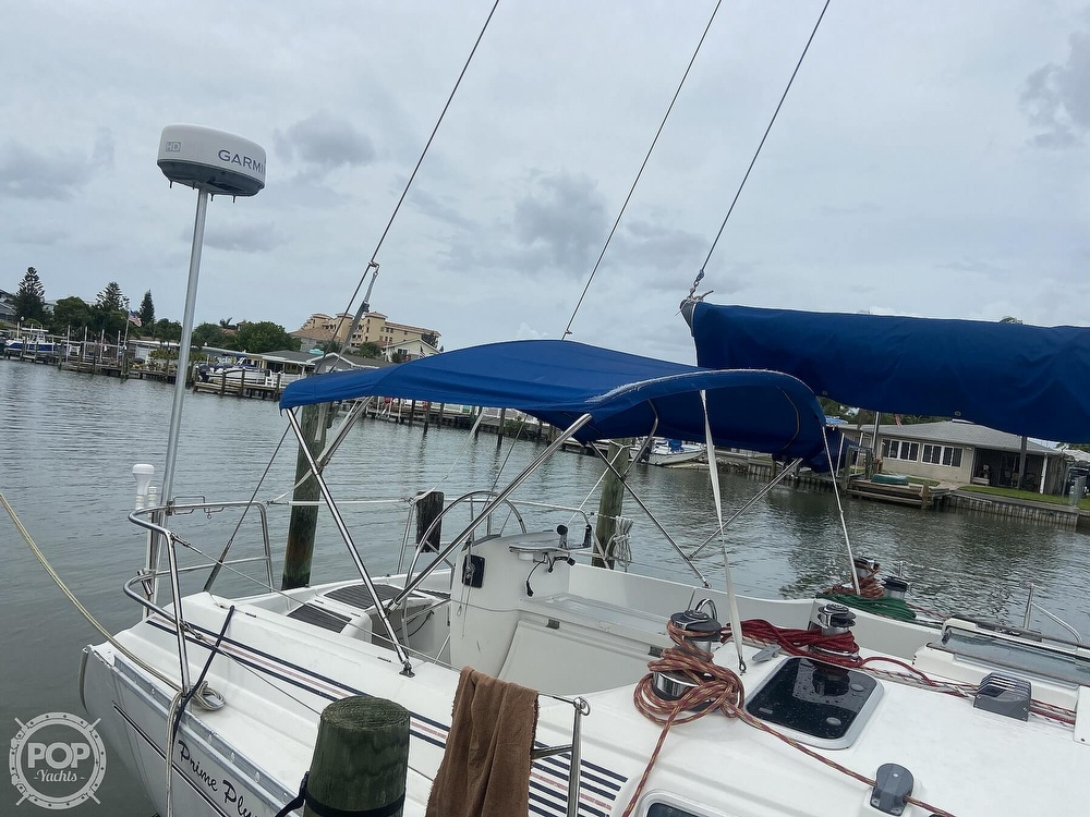 1992 Beneteau boat for sale, model of the boat is 445 & Image # 9 of 40