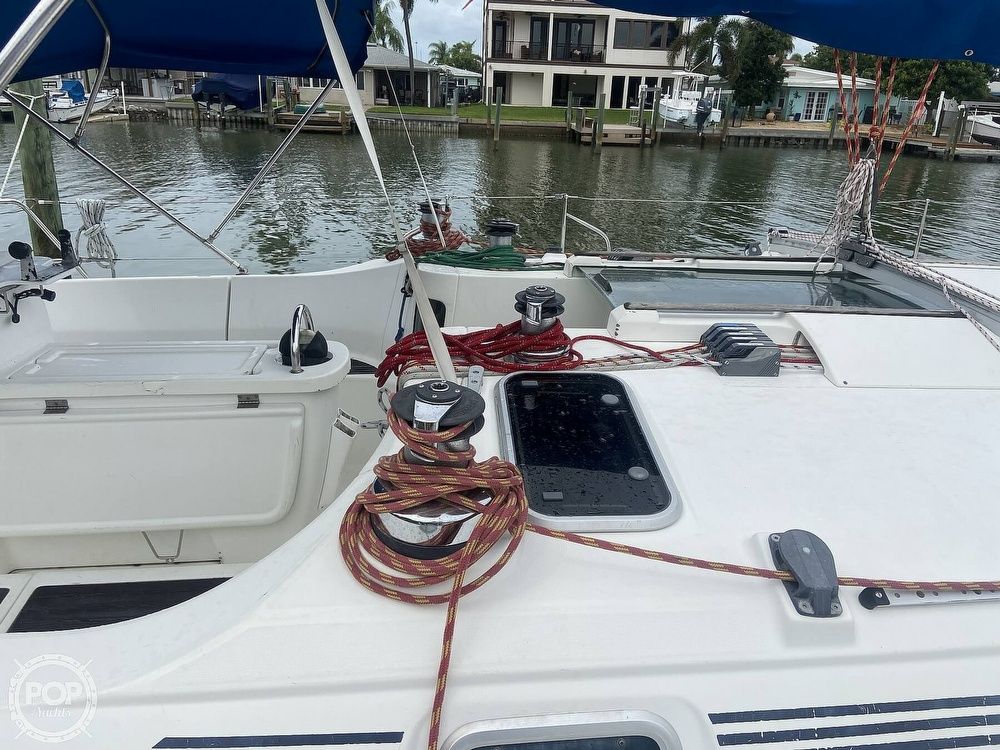 1992 Beneteau boat for sale, model of the boat is 445 & Image # 14 of 40