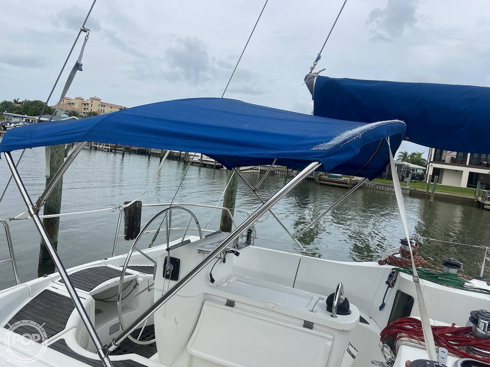 1992 Beneteau boat for sale, model of the boat is 445 & Image # 15 of 40