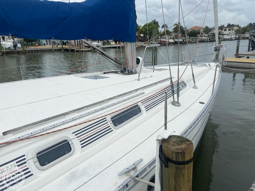 1992 Beneteau boat for sale, model of the boat is 445 & Image # 19 of 40