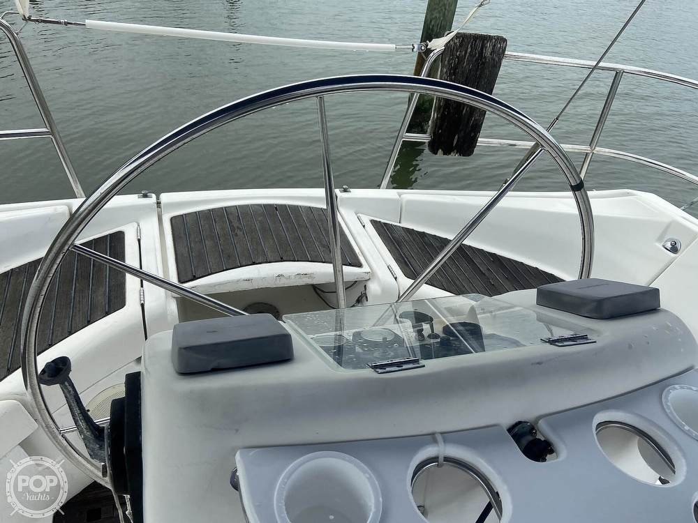 1992 Beneteau boat for sale, model of the boat is 445 & Image # 24 of 40