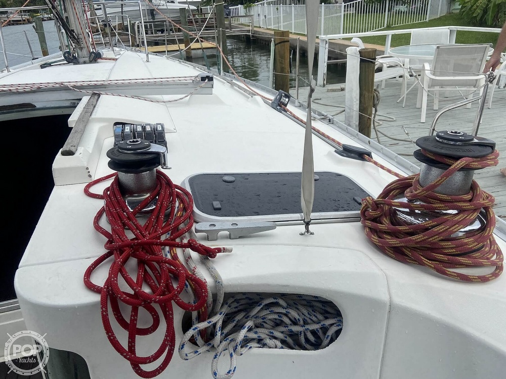 1992 Beneteau boat for sale, model of the boat is 445 & Image # 27 of 40