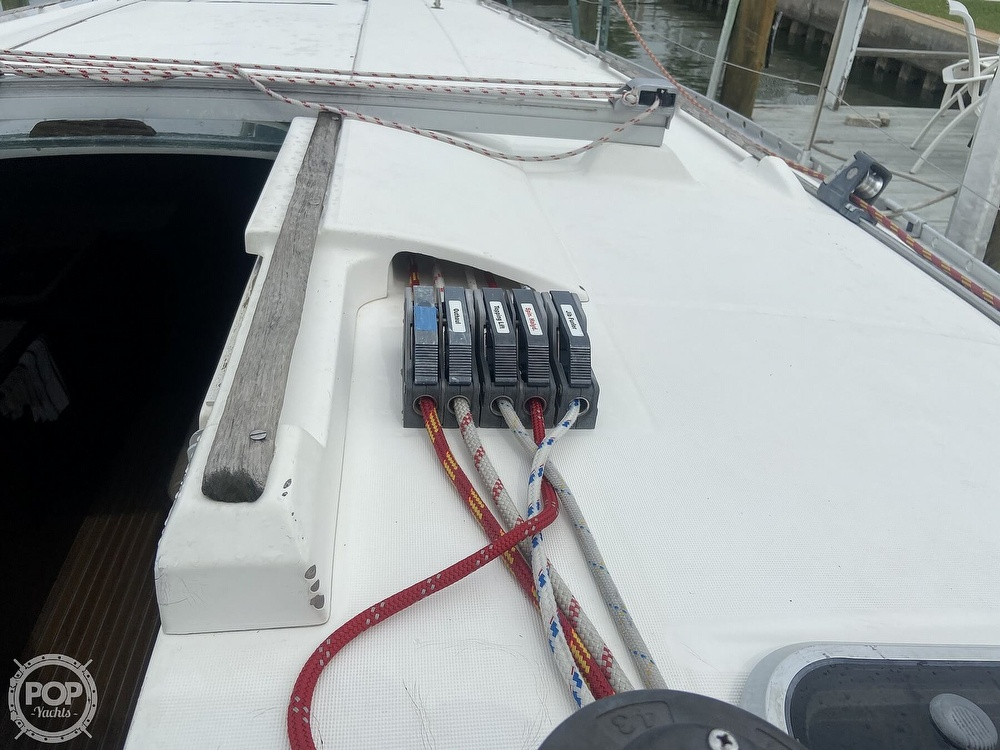 1992 Beneteau boat for sale, model of the boat is 445 & Image # 30 of 40