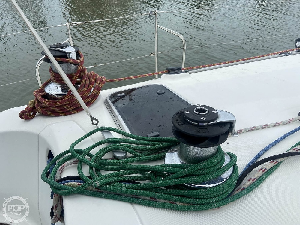 1992 Beneteau boat for sale, model of the boat is 445 & Image # 34 of 40