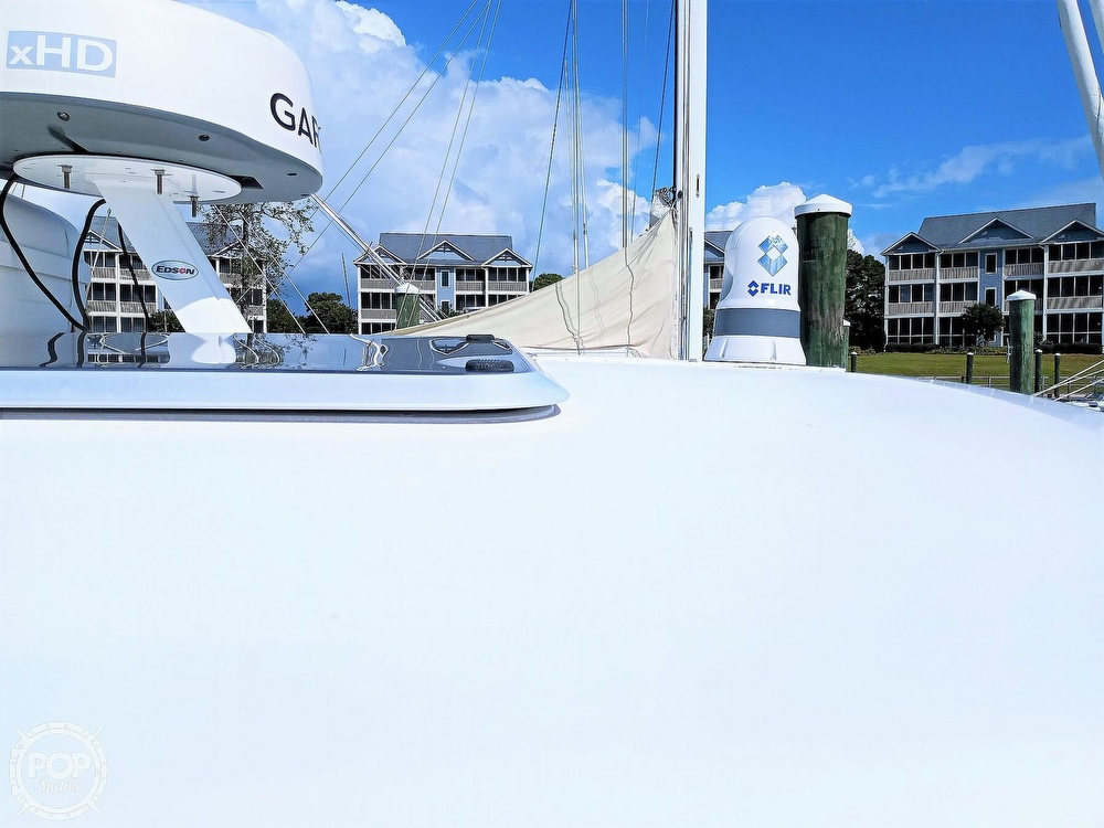 2005 Tiara Yachts boat for sale, model of the boat is 3200 Open & Image # 9 of 40