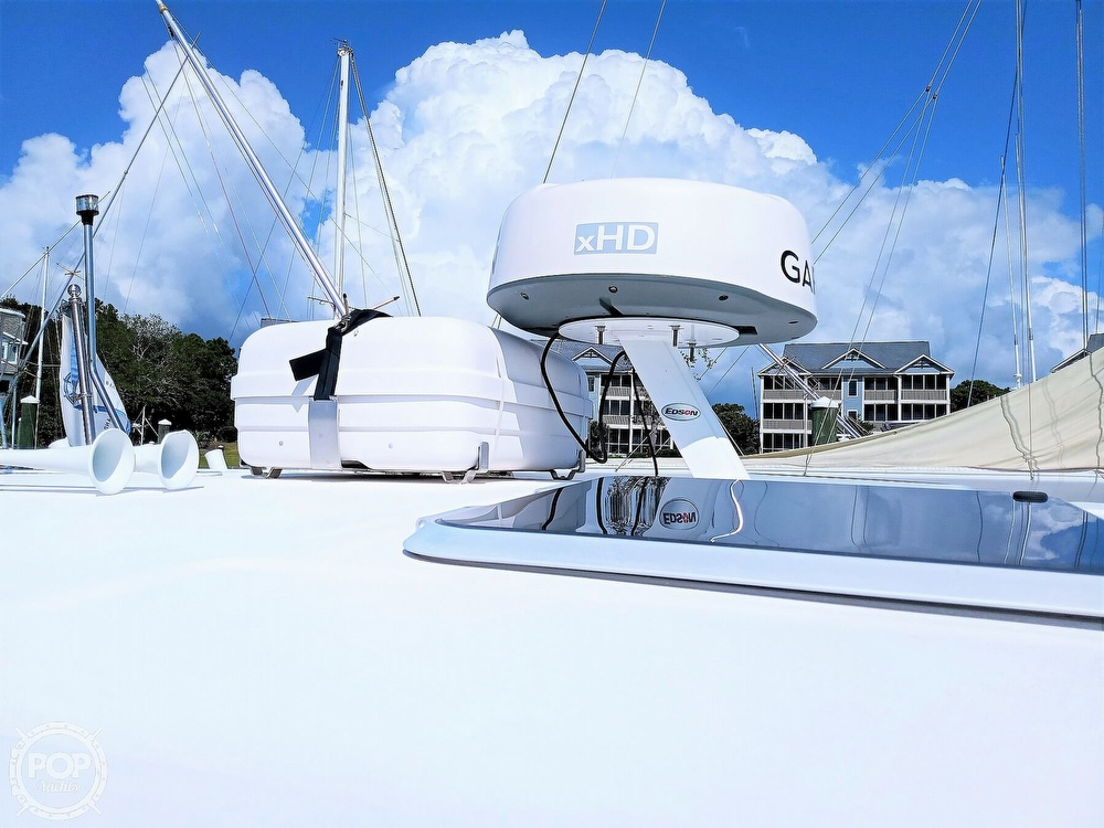 2005 Tiara Yachts boat for sale, model of the boat is 3200 Open & Image # 10 of 40