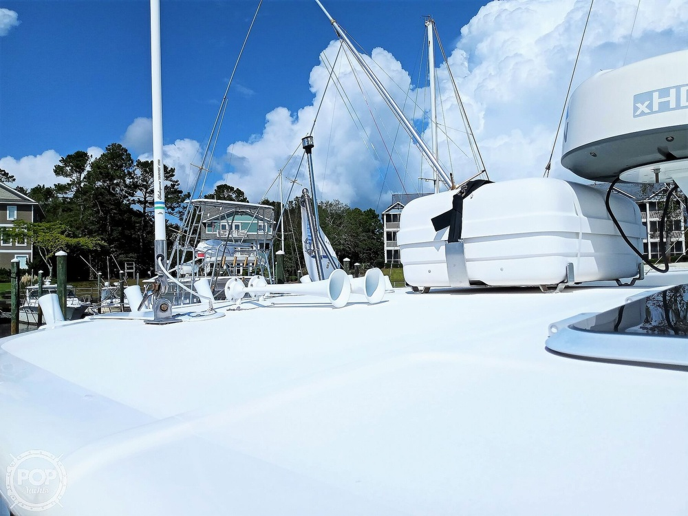 2005 Tiara Yachts boat for sale, model of the boat is 3200 Open & Image # 11 of 40
