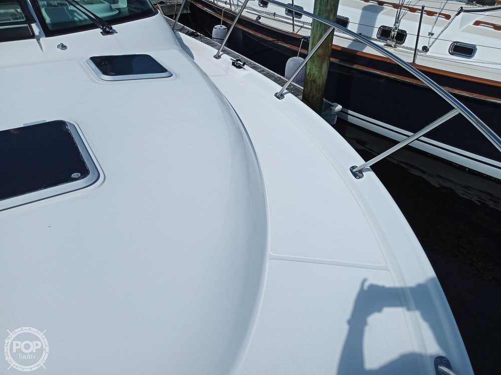 2005 Tiara Yachts boat for sale, model of the boat is 3200 Open & Image # 29 of 40