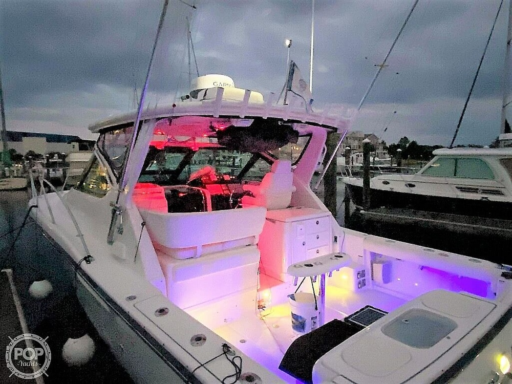 2005 Tiara Yachts boat for sale, model of the boat is 3200 Open & Image # 2 of 40