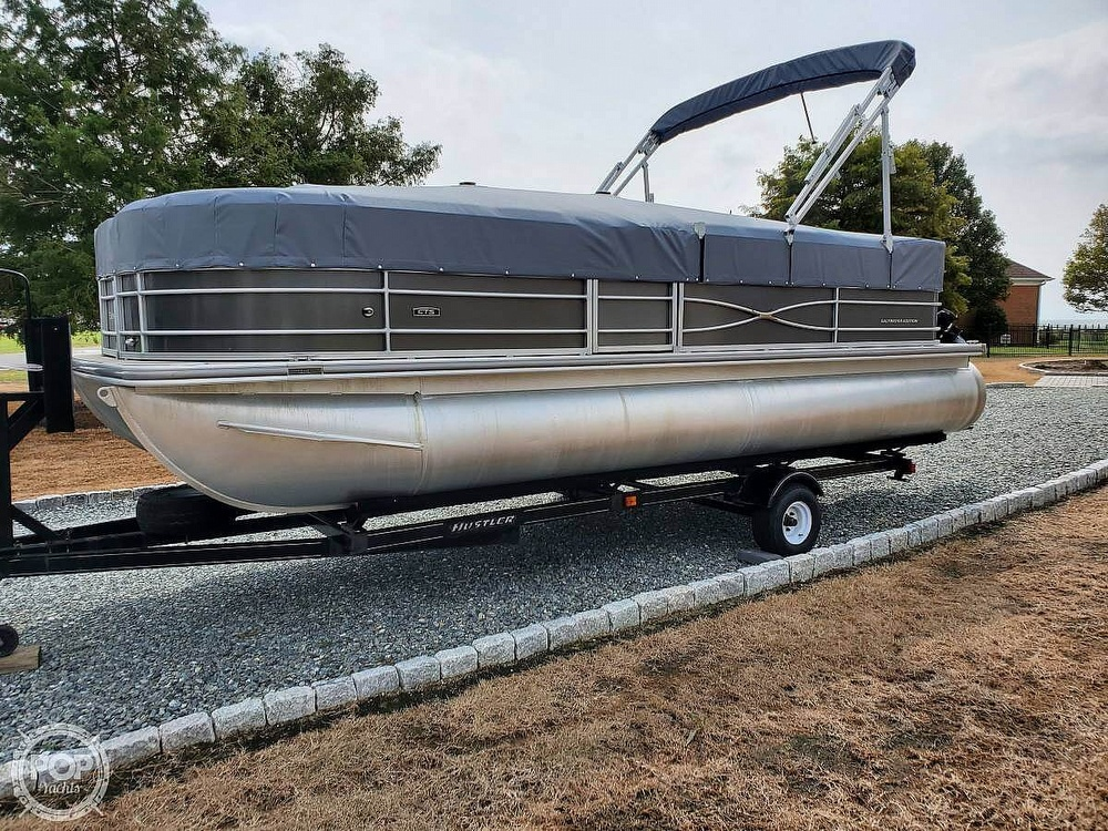 2018 Berkshire Pontoons boat for sale, model of the boat is CTS & Image # 2 of 40