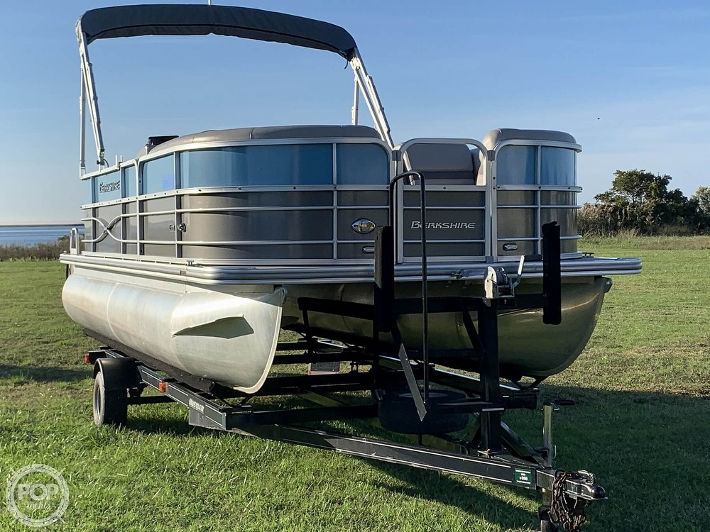 2018 Berkshire Pontoons boat for sale, model of the boat is CTS & Image # 16 of 40