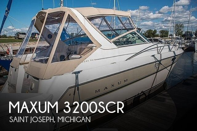 Used Maxum Boats For Sale in Michigan by owner | 1995 Maxum 3200SCR